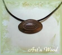 http://artnwood-bijoux.wifeo.com/images/p/pen/pendentif-ballon-rugby-bronze-dore-patine-detail-220.jpg